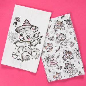 Sourpuss Gothic Batty Witch Cat Towels Hearts Bats